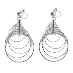 "<img src=""comfortable-pierced-look-dangle-modern-trendy-silver-gradated-loop-hoop-invisible-clip-on-earrings-miyabigrace-e5a4bee880b3e792b0-e5a4bee5bc8fe880b3e792b0-e382a4e383a4.jpg"" alt=""pierced look and comfortable Comfortable and pierced look dangle silver double diamond many hoop tribal invisible clip on earrings by MiyabiGrace 耳環夾 ノンホールピアス 夾式耳環""/>"