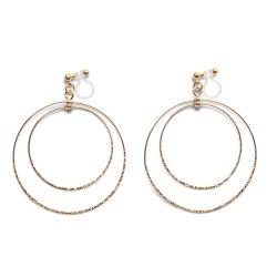 "<img src=""comfortable-pierced-look-dangle-shiny-rotatable-textured-gold-double-circle-hoop-invisible-clip-on-earrings-miyabigrace-e5a4bee880b3e792b0-e5a4bee5bc8fe880b3e792b0-e382a4.jpg"" alt=""pierced look and comfortable Comfortable and pierced look dangle gold double circle hoop tribal invisible clip on earrings by MiyabiGrace 耳環夾 ノンホールピアス 夾式耳環""/>"