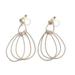 "<img src=""comfortable-pierced-look-dangle-shiny-rotatable-textured-gold-double-teardrop-hoop-invisible-clip-on-earrings-miyabigrace-e5a4bee880b3e792b0-e5a4bee5bc8fe880b3e792b0-e382a4.jpg"" alt=""pierced look and comfortable Comfortable and pierced look dangle gold double teardrop hoop tribal invisible clip on earrings by MiyabiGrace 耳環夾 ノンホールピアス 夾式耳環""/>"