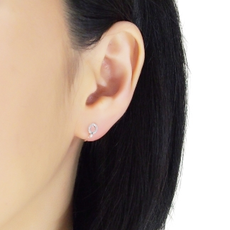 Elegant and minimal invisible clip on stud earrings
