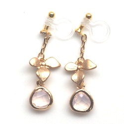 "<img src=""dangle-gold-orchid-flower-pink-crystal-wedding-invisible-clip-on-earrings4.jpg"" alt=""pierced look and comfortable Pink Flower gold orchid pink crystal drop invisible clip on earrings""/>"