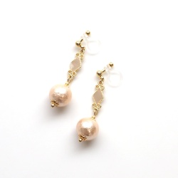 Pierced Look! Diamond Motif & Light Orange Cotton Pearl Invisible Clip on Earrings