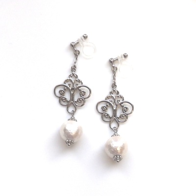 Pierced Look! Dangle Rococo Style White Japanese Cotton Pearl Invisible Clip on Earrings, Wedding Clip-on Earrings, Bridal Clips Earrings
