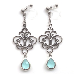 "<img src=""dangle-silver-filigree-light-blue-crystal-invisible-clip-on-earrings4.jpg"" alt=""pierced look and comfortable Wedding bridal Dangle silver filigree and light teardrop crystal invisible clip on earrings non pierced earrings""/>"