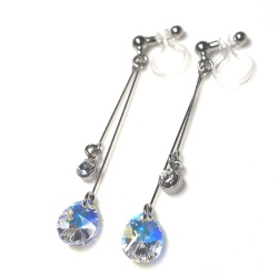 "<img src=""dangle-teardrop-aurora-borelis-swarovski-crystal-invisible-clip-on-earrings_non-pierced-earrings10.jpg"" alt=""pierced look and comfortable Wedding bridal Dangle clear swarovski crystal and round crystal silver invisible clip on earrings non pierced earrings""/>"