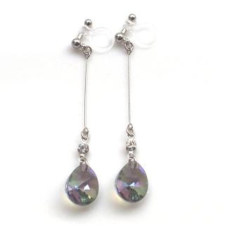 "<img src=""dangle-teardrop-green-black-paradise-shine-swarovski-crystal-invisible-clip-on-earrings10.jpg"" alt=""pierced look and comfortable dangle green black crystal paradise shine swarovski crystal invisible clip on earrings""/>"