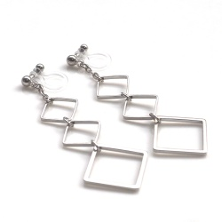 "<img src=""dangle-three-silver-square-invisible-clip-on-earrings-miyabigrace-non-pierced3.jpg"" alt=""pierced look and comfortable dangle three square long silver invisible clip on earrings""/>"