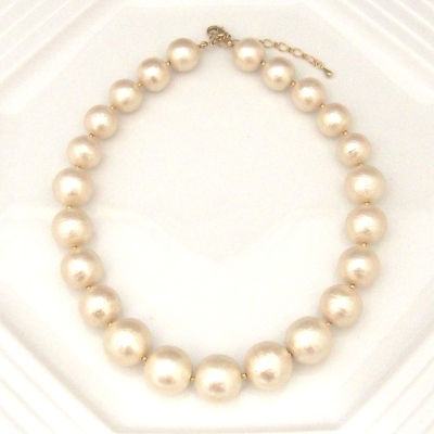 Light beige large Japanese cotton pearl necklace