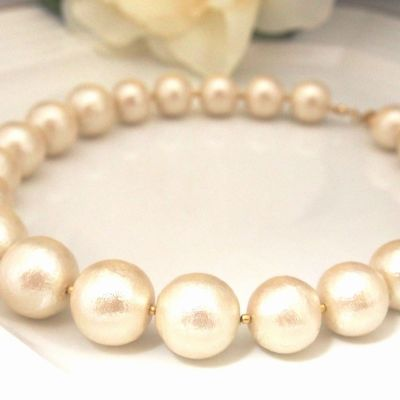Light Beige Large Japanese Cotton Pearl Necklace_MiyabiGrace (4)
