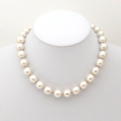 White Japanese cotton pearl necklace