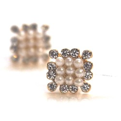 "<img src=""pearl-crystal-earrings-10.jpg"" alt=""pierced look and comfortable Wedding bridal Crystal pave rhinestone and white pearl bridal invisible clip on earrings non pierced earrings""/>"