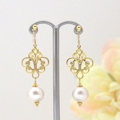 Rococo style White Japanese cotton pearl invisible clip on earrings