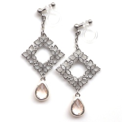 """<img src=""""silver-flower-motif-sqaure-and-pink-teardrop-crystal-invisible-clip-on-earrings5.jpg"""" alt=""""pierced look and comfortable dangle silver flower filigree and pink crystal invisible clip on earrings""""/>"""