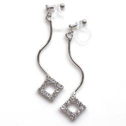 "<img src=""silver-wave-square-rhinestone-invisible-clip-on-earrings-weddings41.jpg"" alt=""pierced look and comfortable dangle silver square rhinestone crystal diamond invisible clip on earrings""/>"
