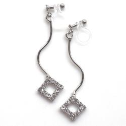 "<img src=""silver-wave-square-rhinestone-invisible-clip-on-earrings-weddings41.jpg"" alt=""pierced look and comfortable dangle silver square rhinestone crystal diamond invisible clip on earrings""/>"