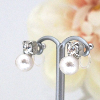 Totally Invisible Clip on Earrings:Crystal Swarovski and Japanese White Cotton Pearl Invisible Clip on Earrings