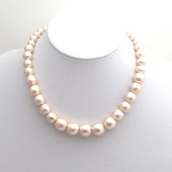 Graduated pink Japanese cotton pearl necklace