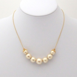 Princess style light beige Japanese cotton pearl necklace