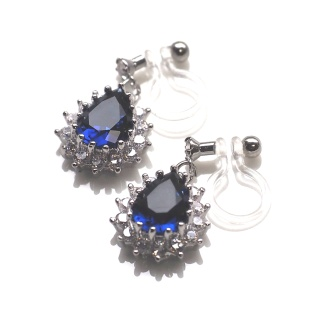 "<img src=""comfortable-bridal-dangle-navy-blue-cz-crystal-invisible-clip-on-earrings-miyabigrace3.jpg"" alt=""pierced look and comfortable Comfortable and pierced look dangle silver finish bridal wedding blue Sapphire cz cubic zirconia crystal teardrop invisible clip on earrings MiyabiGrace 夾耳環 ノンホールピアス""/>"