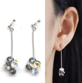 "<img src=""dangle-round-black-diamond-and-aurora-borealis-swarovski-crystal-invisible-clip-on-earrings3.jpg"" alt=""pierced look and comfortable Pierced look and comfortable dangle black and aurora borealis swarovski crystal invisible clip on earrings 耳環夾 ノンホールピアス イヤリング""/>"
