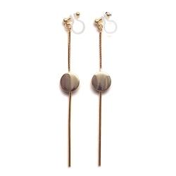 "<img src=""comfortable-pierced-look-dangle-long-threader-bar-gold-coin-minimal-invisible-clip-on-earrings-miyabigrace-e5a4bee880b3e792b0-e5a4bee5bc8fe880b3e792b0-e382a4e383a4e383aa1.jpg"" alt=""pierced look and comfortable Comfortable and pierced look dangle long gold threader coin invisible clip on earrings by MiyabiGrace 耳環夾 ノンホールピアス 夾式耳環""/>"