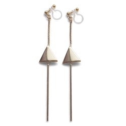"<img src=""comfortable-pierced-look-dangle-long-threader-bar-gold-triangle-minimal-invisible-clip-on-earrings-miyabigrace-e5a4bee880b3e792b0-e5a4bee5bc8fe880b3e792b0-e382a4e383a41.jpg"" alt=""pierced look and comfortable Comfortable and pierced look dangle long gold threader triangle invisible clip on earrings by MiyabiGrace 耳環夾 ノンホールピアス 夾式耳環""/>"