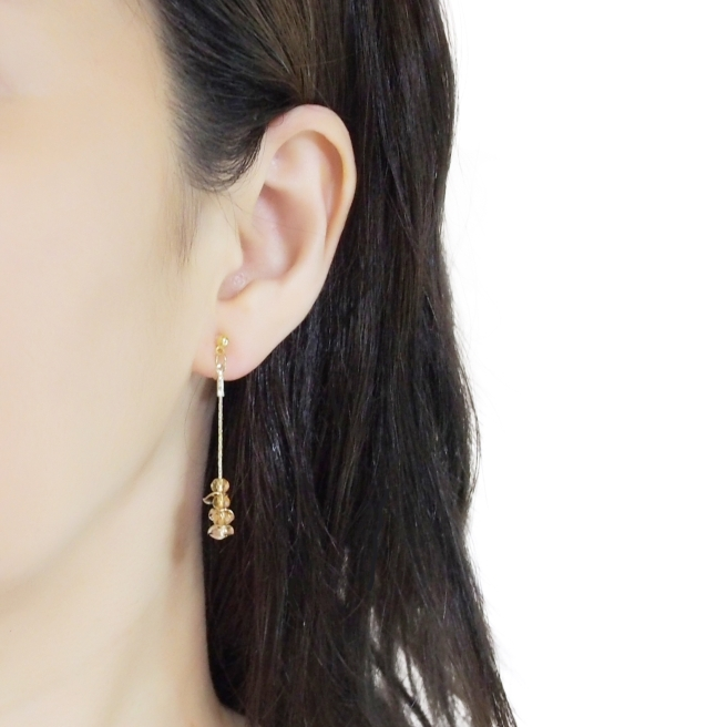 Comfortable Gold chain coin orange crystal dangle invisible clip on earrings (4).jpg