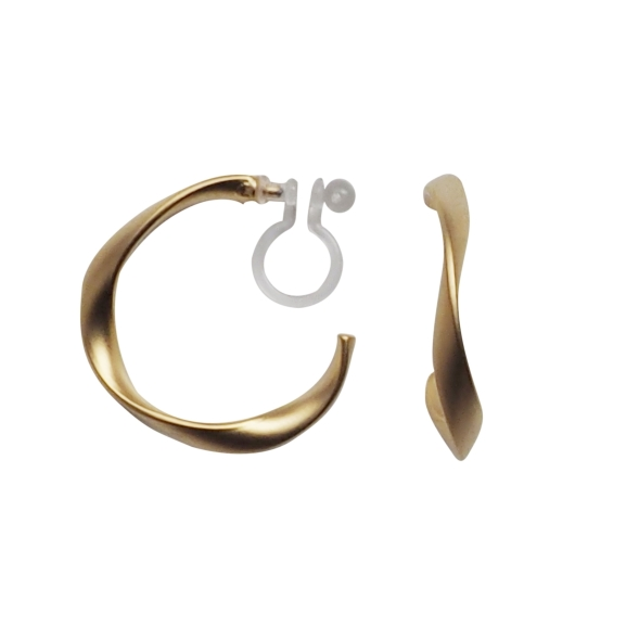 Comfortable-pierced-look-elegant-small-gold-waved-hoop-Invisible-clip-on-earrings-Miyabi-Grace6.jpg