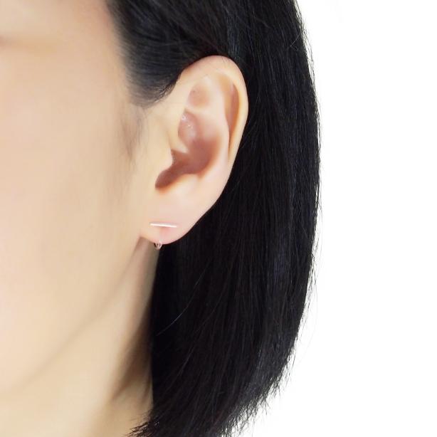 Comfortable-pierced-look-rose-gold-bar-Simple-Minimalist-Invisible-clip-on-stud-earrings-Miyabi-Grace (1).jpg